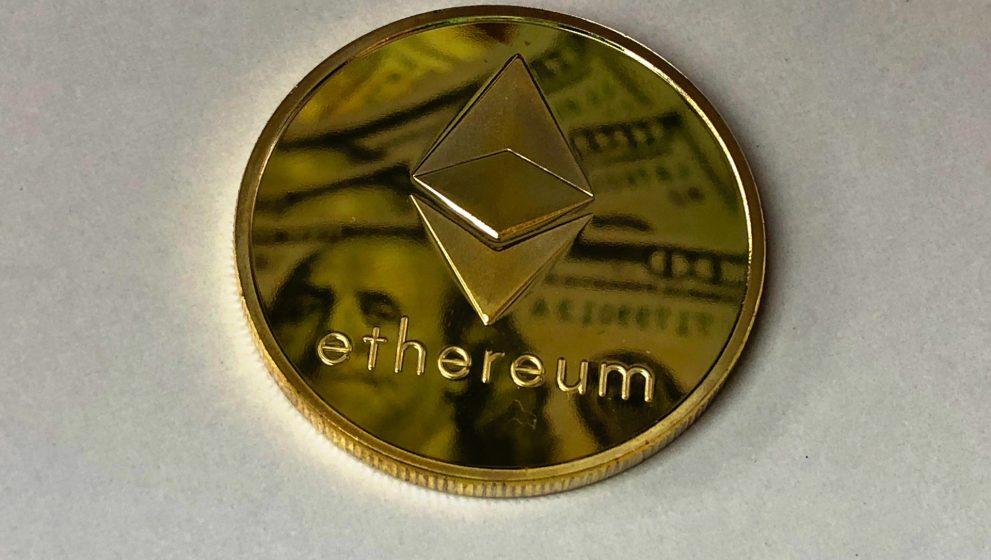 Hoe te kopen Bepaal de top 3 cryptocurrencies voor gedecentraliseerde applicaties